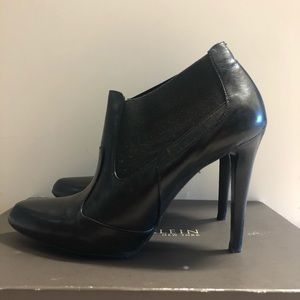 Anne Klein high heel ankle boots, black, size 9